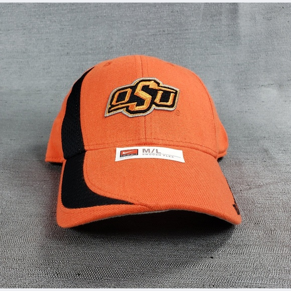 3a8d433083959 Oklahoma State University M L Nike Fitted Hat New